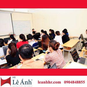 lớp học hành chính nhân sự