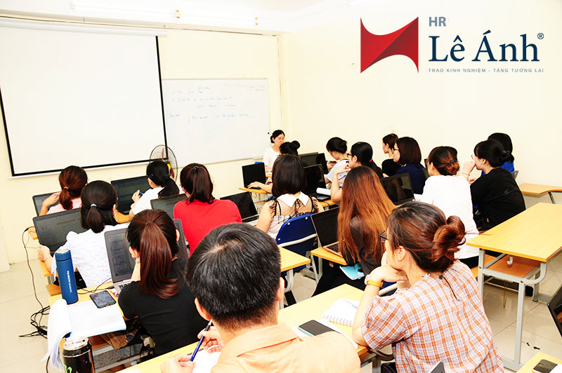 Lớp học quản trị nhân sự tại Lê Ánh HR